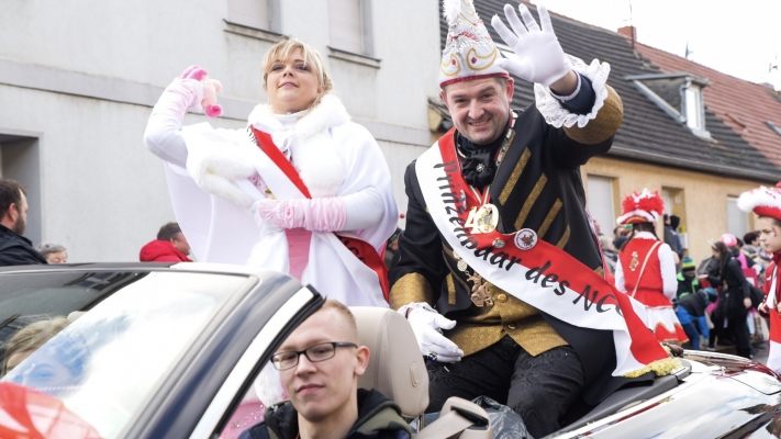 Karneval 2019 Video Und Fotos Vom Karnevalsumzug In Nienburg 2019