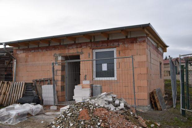 Der neue Anbau am Tierheim nimmt Gestalt an. Ende Frühjahr 2021 soll er fertig sein.